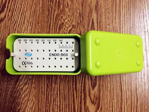 1pc New Dental Green Plastic Endo Box With A Ruler For Files On Sale