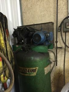 Speedaire 5hp Aircompressor 80 Gallon Tank