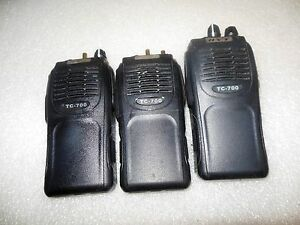 Lot Of 3 Hyt Tc700 Two Way Radio Tc 700u 2 ref 24