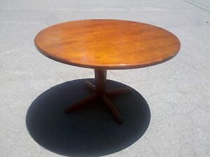48 Round Conference executive Cherrywood Table W wood Base We Deliever Local Ca