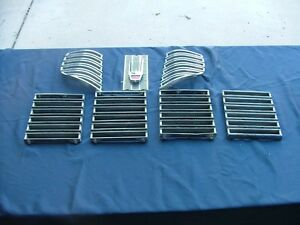 1963 Chrysler Imperial Grille And Emblem Nice