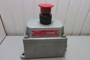 Appleton Eds2714 Push Button Switch 3 4 For Hazardous Location New
