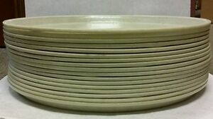 Cambro 1600 Fiberglass Camtrays Round Tray 16 inch Total Of 17