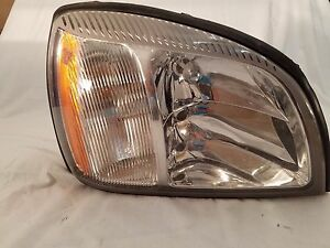 2000 2001 2002 2003 Cadillac Deville Right Headlight Oem 25753463 00 01 02 03