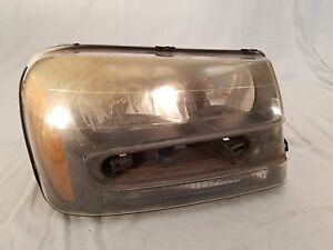 2002 2003 2004 2005 2006 2007 2008 2009 Chevy Trail Blazer Right Headlight Oem