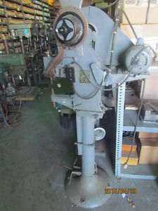 Chicago Riveting Machine B 0740
