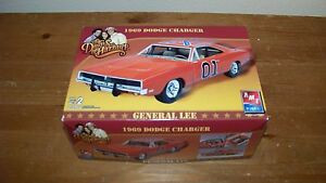 Dodge Challenger General Lee Dukes of Hazard Model Kit AMT ERTL New 1969