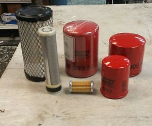 New Holland Tractor Filters Model Tc18