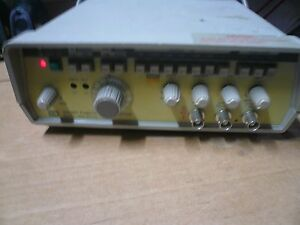 Gw Sweep Function Generator Gfg 8017g 0 02hz 2mhz