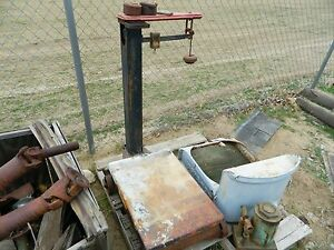 Antique Vintage Fairbanks Platform Scale With Weights 1 000lb Capacity