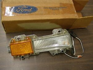 Nos Oem Ford 1975 1976 Thunderbird T bird Marker Light Cornering Lamp Lens
