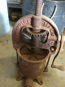 Enterprise Cast Iron Lard Press Wine Press Sausage Stuffer 6qt