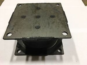 Small Vibratory Plate Compactor Rubber Isolator Shock Mount