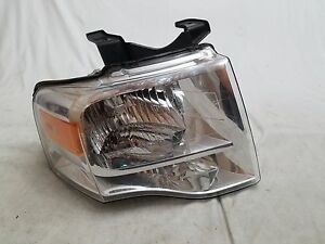 2007 2008 2009 2010 Ford Expedition Right Halogen Headlight Oem Chrome