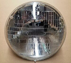 7 Halogen 6v Glass Sealed Beam Head Lamp With Free Wiring Harness