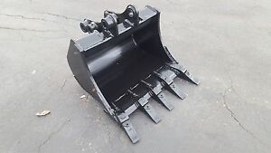 New 24 Backhoe Bucket For A Case Cx27b With Pins
