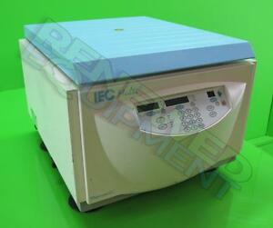 Thermo Iec Multi Centrifuge With 8848 48 well Fixed Angle Rotor