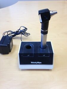 Welch Allyn Otoscope And Charger