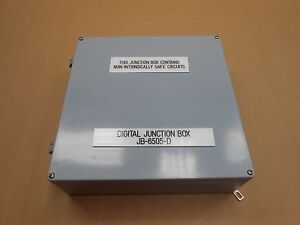 1 New 16 X 16 X 4 Non Metallic Enclosure W Gasketed Top 30 Postition Din Rail