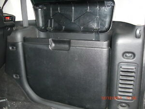 1999 2000 2001 02 2003 2004 Land Rover Discovery Ii Right Rear Trunk Panel Black