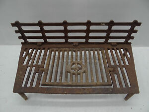 Antique Cast Iron Metal 26 Design Pat 70 Interior Fireplace Hearth Grate Stand
