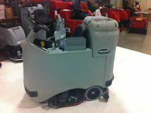 Advance Adgressor 3520c Battery Floor Scrubber