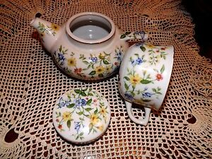 Andrea By Sadek Springtime 3 Pc Flowered Teapot With Lid Cup Gold Trim