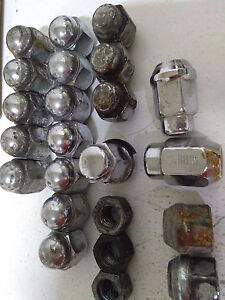 23 Pieces Various 1 2 20 Coy 20 1 7 16 Rh M T 150 Rh Used Lug Wheel Nuts Read