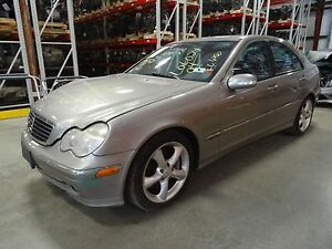 Automatic Transmission Out Of A 2004 Mercedes benz C230 With 74 121 Miles