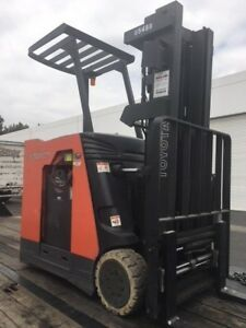 2012 Caterpillar 12 000 Lbs Forklift Warehouse Type Gc55k Three Stage Mast