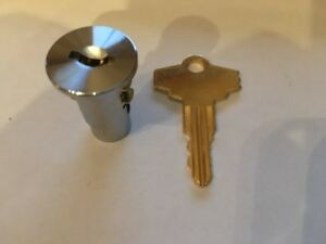 Lock And Key For Komet Eagle Chloro king Gumball Candy Nut Vending Machine