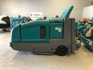 Tennant M30 Lp Ride On Floor Sweeper scrubber Remanufactured Free Shipping
