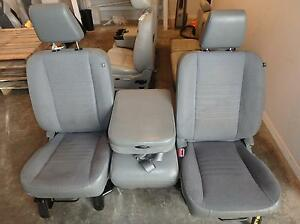 02 08 Dodge Ram 1500 2500 3500 Manual Gray Cloth Front Seats Center Console
