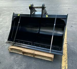 New 60 Ditch Cleaning Bucket For A John Deere 200 With Pins