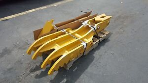 New 18 X 60 Heavy Duty Hydraulic Thumb For Case Excavators