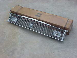 1975 1976 Plymouth A Body Nos Mopar Front Grille Valiant Duster Scamp