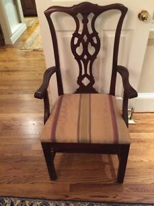 Set Of 6 Mahogany Chippendale Dining Room Chairs