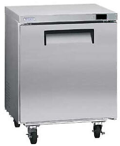 Kelvinator Commercial 6 Cu ft Under counter Refrigerator Kcuc27r