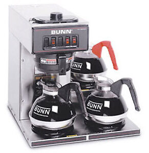 Bunn Pourover Coffee Brewer With 3 Warmers vp17 3 0003