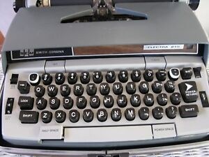 Smc Sears 4 Typewriters In Vgc Electrics