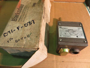 Barksdale Temperature Switch L2h h204 w