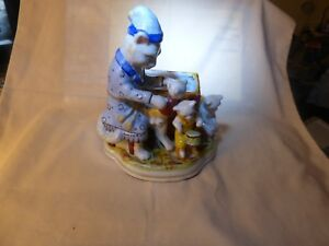 Antique Staffordshire 4 Cats Figurine Spill Mother Cat Kittens Chamber Pot Drum