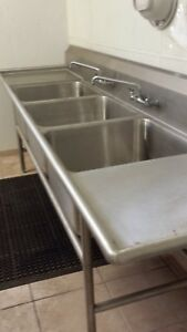 Advance Tabco Commercial Sink heavy Duty 3 Bowls Drainboards Briefly Used