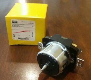 Brand New In Box Hubbell Cs8369 Receptacle 50a 3p 4w Grndng Twist Lock Blk