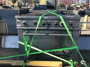 Garland Commercial Electric Stove With 24 Griddle 2 Burners And Oven
