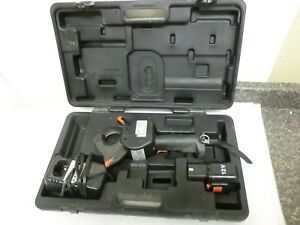 Burndy Bcc1000cual 12v Cable Cutter Battery Charger Case