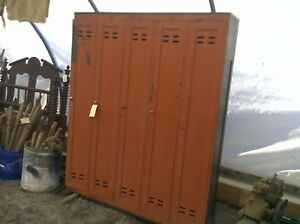 Gang Of 5 Old Wood Lockers Red Over Green Chippy Paint 5 X 6 Military