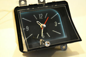 1969 1970 Pontiac Catalina Executive Bonneville Dash Clock