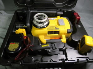 Dewalt Dw079 18v cordless Rotary Level In out Door Self Leveling