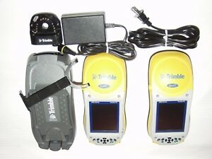2 Trimble 2005 Series Geoxt Geo Xt Geoexplorer Loaded With Software Tested